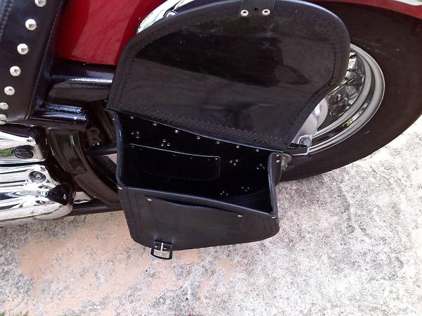 Leather Swingarm Skull Single Pannier Saddle Bag Yamaha