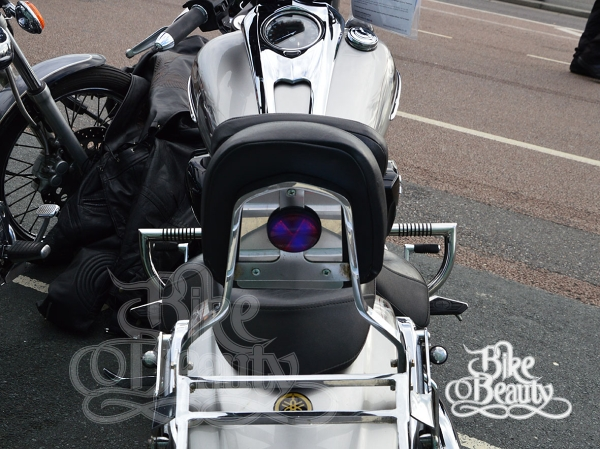 BLACK HIGHWAY CRASH BAR ENGINE GUARD PROTECTOR YAMAHA XV 1900 XV1900 RAIDER
