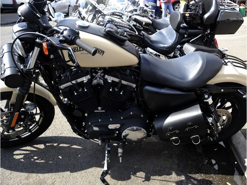 Black Leather Swingarm Single Side Pannier Saddle Bag for Harley