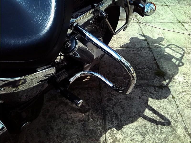 Honda VTX 1300 Retro R, S, and T Chrome Rear Crash Bars, Saddlebag